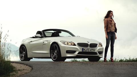 Les voitures pour Femmes Bmw-z4-femme-partagee-entre_41k37_1v5eyk