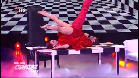 Finale : Florient danse avec Alison sur une choré moderne