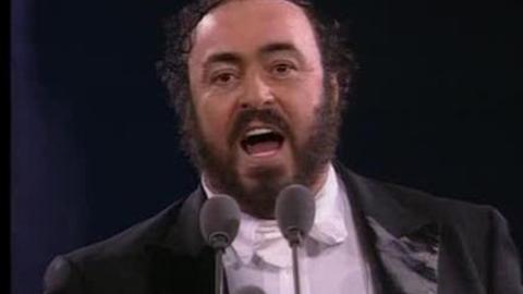 """Le clip """"O Sole Mio"""" de Luciano PavarottiAuteur/compositeur : Capua"""