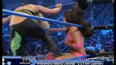 Vickie Guerrero VS Beth Phoenix